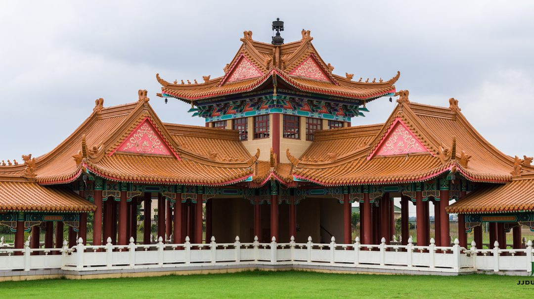 Travel photo shoot at Nan Hua Temple at Bronkhorstspruit in Gauteng which is about a two-hour's drive from Roodepoort