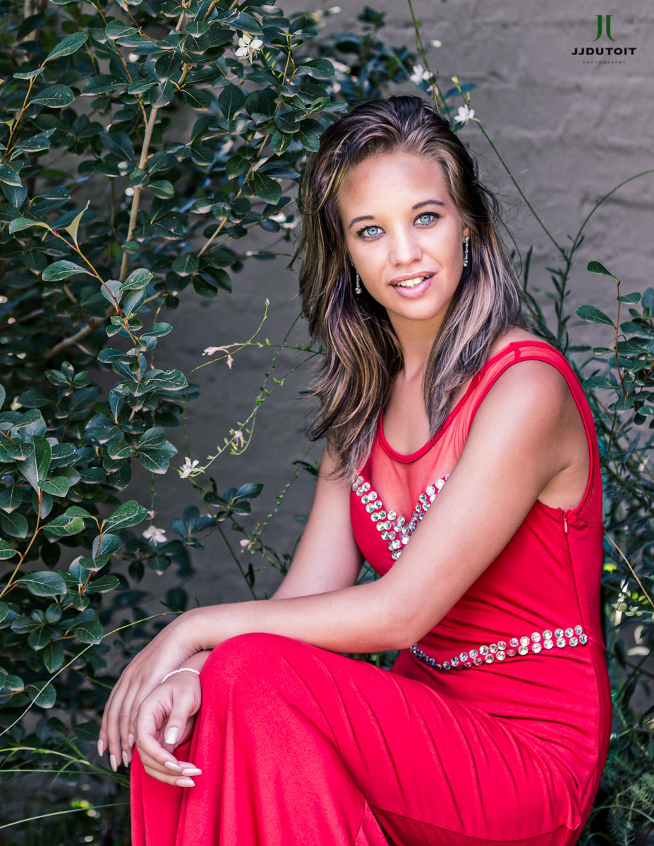 Senior Female Model Photo Shoot of Tanya Visser at the Riverplaas Wedding Venue in Meyerton which is situated in the Vaal Triangle